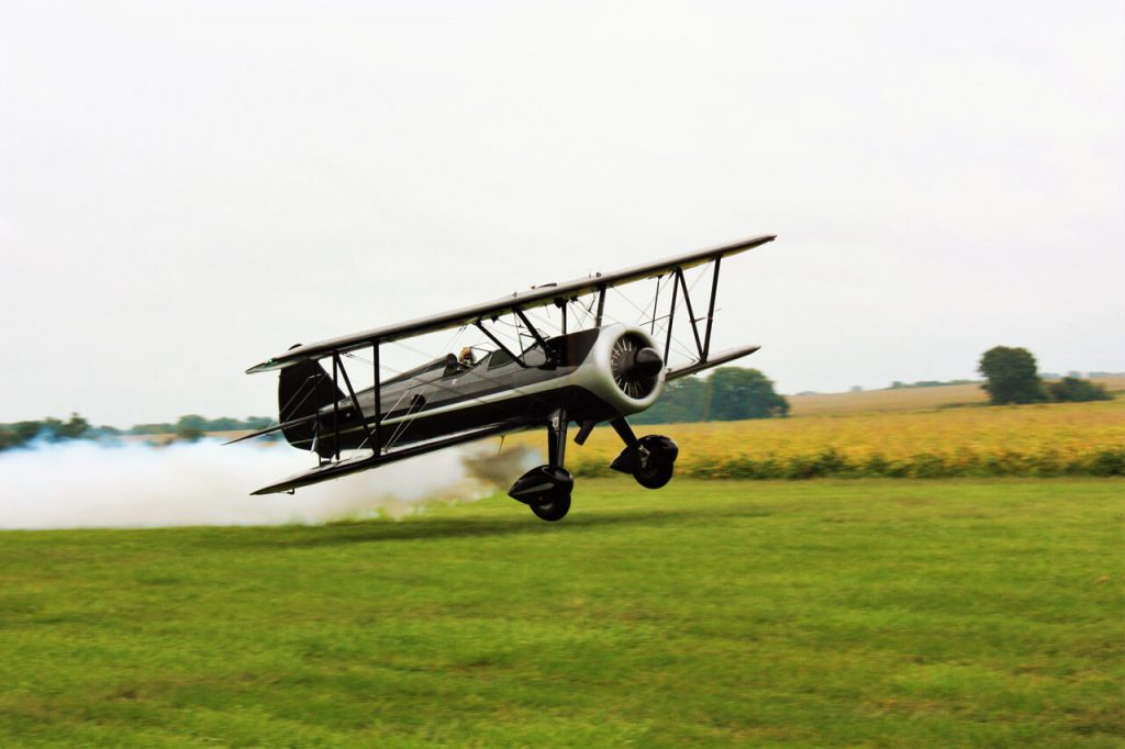 Redman family Stearman departing Wolfords Farm. Photo by Brain Rosenstein